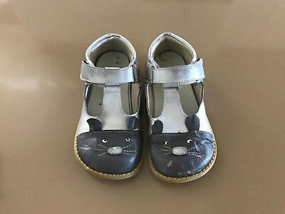 Girls Mary Janes Gray Mouse Leather shoes LIKE Livie and Luca size 12 13 PlayCon
