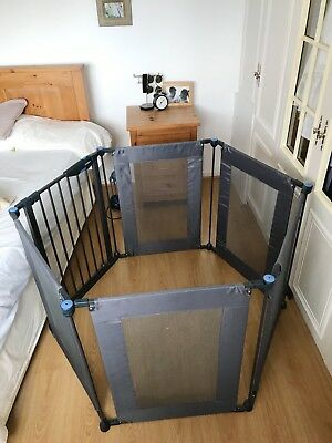 Lindam Play and Secure Fabric Playpen / Room Divider With Soft Blue Mat