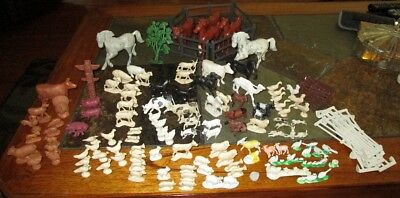 Large Lot Of Over 100 Farm Animals, 3 Assorted Fences, Horses Some From Marx Set