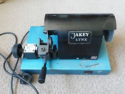 Jakey Ford tibbe key cutting machine