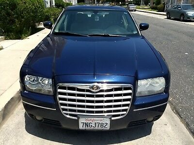 2005 Chrysler 300 Series Touring 2005 Chrysler 300 Touring All Wheel Drive Leather Moonroof No Reserve Best Offer