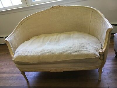 French Country Settee - Great condition - Fabric needs cleaning or Reupholster