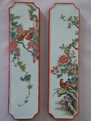 A pair of Chinese Famille Rose Porcelain paperweight with Mark