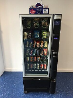 Necta Snakky Combination VENDING MACHINE (Crisps,Chocolate & Cans & Bottles)