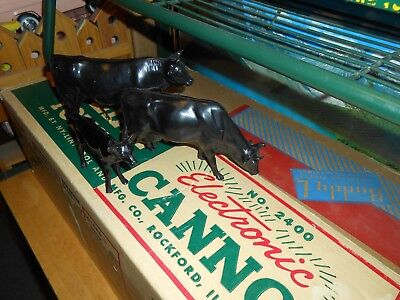 Nylint 1962 #5600 Farm Set / Hartland Plastics Co. Black Bull, Cow and Calf.