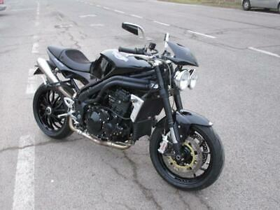Triumph speed triple 1050 ,
