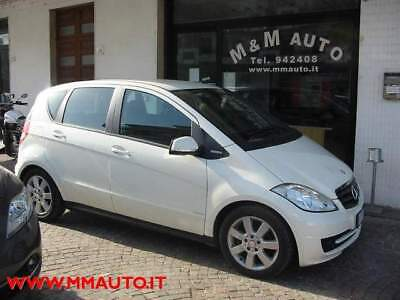 Mercedes-benz a 160 cdi blueefficiency premium !