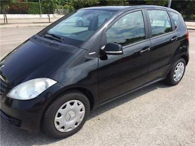 MERCEDES A 160 BlueEFFICIENCY (standard) / A 150 BlueEFFICIENCY