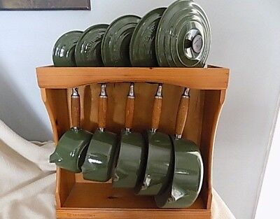 Le Creuset Green Cast Iron 5 Pan Set of Saucepans with wooden Display Rack