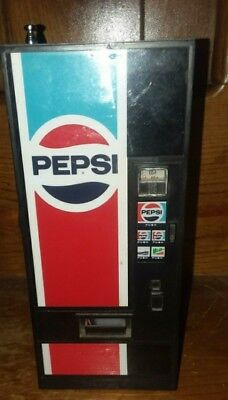 Vintage 80's Pepsi Vending Machine AM/FM Transistor Radio