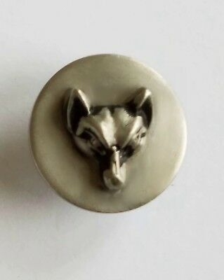 "#9I High Relief Head of a Fox White Metal ¾"" Button EXC"