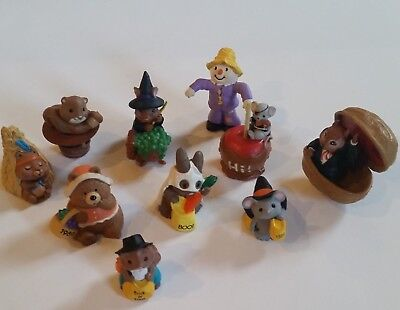 Hallmark Merry Miniature Halloween Thanksgiving Witch Dracula  Lot of  10