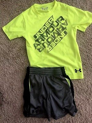 Boy 4/5 Under Armour Set EUC