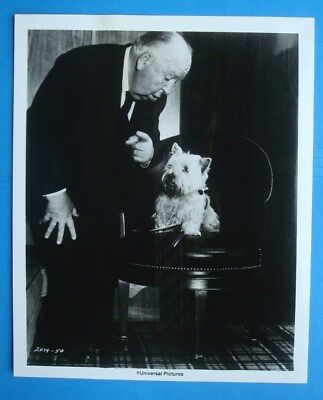 Orig 1976 *FAMILY PLOT* 8x10 Movie Press Kit Photo/Still Alfred HITCHCOCK Sarah