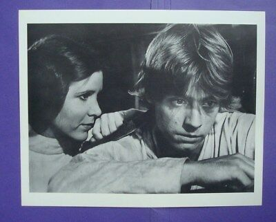**STAR WARS** B&W 8x10 Movie Photo/Still FISHER Luke SKYWALKER Princess LEIA