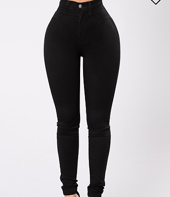 🔥🔥🔥🔥Women's Plus Size High Waisted Black Jeans from Fashion Nova size 1X🔥🔥