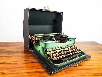 Vintage 1930s Royal Portable Rare Green Typewriter Model P Retro Antique Case