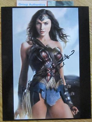 GAL GADOT WONDER WOMAN rare in hand 8x10 Signed wCoa!