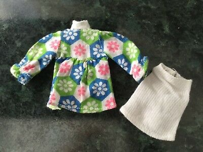 Palitoy Pippa Outfit in a  nice condition