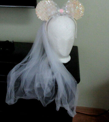 Disney Parks Sequined Minnie Mouse Bride Ears White Veil Headband Pink Flower
