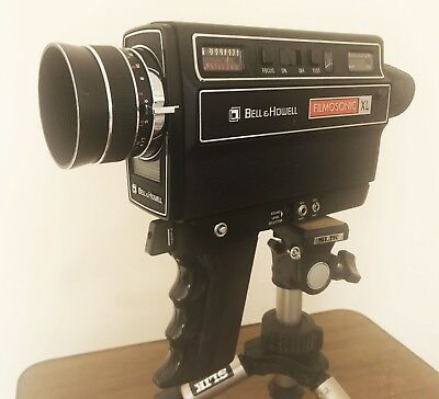 Bell & Howell 1230 Filmsonic XL Super 8 Cine Camera with Sound