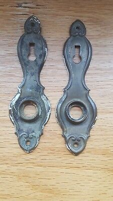 2 VTG Old Small SHABBY Metal Keyhole Door Knob Backplate Cover Plate