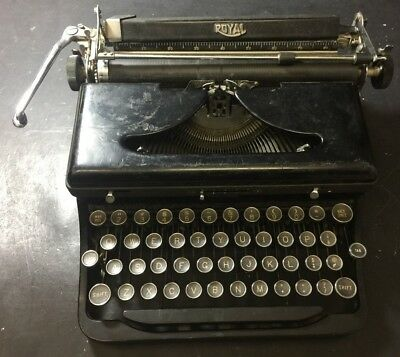 Antique 1938 Royal Speed King Port. Typewriter Serial #B-796089 Part or Repair