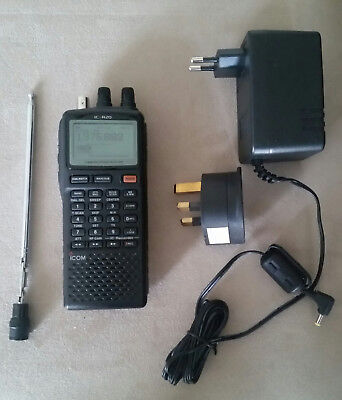 ICOM IC-R20 Handheld Communications Receiver Very Good Conditions