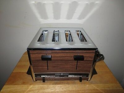 Vintage General Electric Toaster 2 Or 4 Slice A9T-128 Pop Up Faux Wood Grain