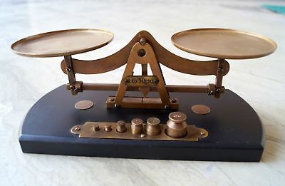 Antique Brass Jewelry Balance Scale Vintage Tool 6 Weigh Weights Set Wooden Base