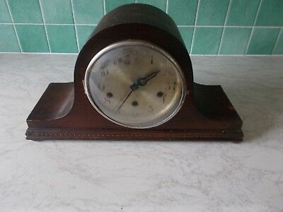 Westminster Chimes Mantel Clock working