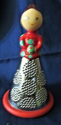 Pylones French Grater with Woman in Red