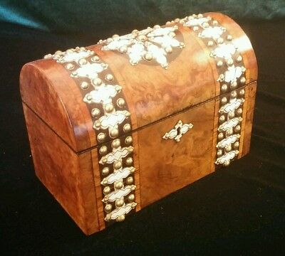 BEAUTIFUL VICTORIAN BURR YEW & DECORATIVE STUD WORK STATIONERY CASKET c.1850