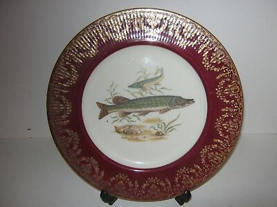 Cabinet Fenton China Plate Decorated With A Pike