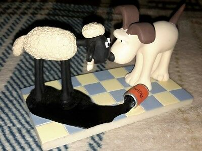 Wallace and Gromit A Close Shave Shaun Sheep Treacle Mess Figurine Resin 2.5''