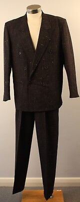 "GREY, LARGE 47/107, ORIGINAL VINTAGE 1980s DOUBLE BREASTED MENS SUIT. ""THWAITES"""