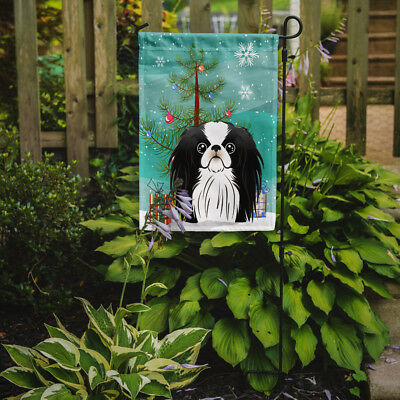 Carolines Treasures  BB1602GF Christmas Tree and Japanese Chin Flag Garden Size