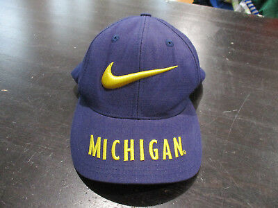 f70359ffc7b VINTAGE Nike Michigan Wolverines Snap Back Hat Cap Blue Yellow Football  Mens 90s