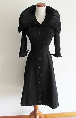 Vintage 50s Black Gypsy Witch Button Up Swing Duster Coat with Oversize Collar
