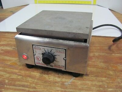 """Sybron Thermolyne HP-A1915B HotPlate Hot Plate 6"""" x 6"""" 750W Type 1900"""