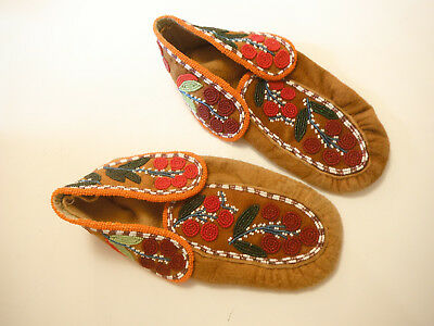 Vintage Native Indian suede glass beaded Moccasins 6 to 6.5 Moccasins ツFREE ShpN