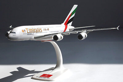 Emirates Airlines Airbus A380-800 1:250 Herpa Snap-Fit Modell 607018-001 A380