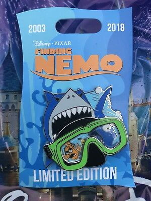 Disney Pin Finding Nemo Marlin, Bruce and Dory LE In Hand 15th Anniversary