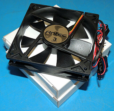 Lot 2 NEW Antec Tricool Fan 4-Pin 120mm with 3-Speed Micro Switch AT-12/SC / Box