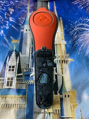 Disney RED HAUNTED MANSION LADY ON TIGHTROPE Magic Band Magicband Parks