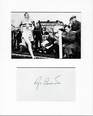 Sub-4-Minute Mile Middle-Distance Athlete Roger Bannister Genuine Hand Signed b