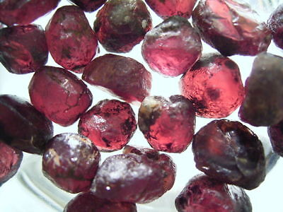 Natural Pink Rhodolite Garnet Rough 1.4ct-7ct gemstones Africa 70%-95% clean 1pc