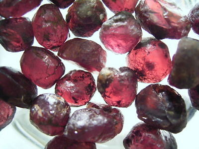 Natural Pink Rhodolite Garnet Rough 1.4ct to 7ct gemstones Africa 70%-95% clean