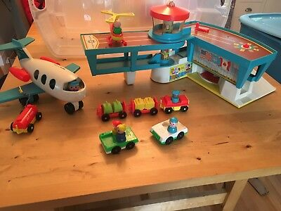 Fisher price - Family Play Airport and accessories