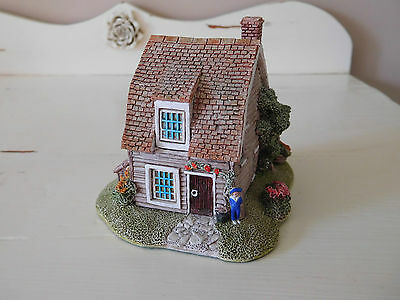 Lilliput lane cottage The nutshell 1992 English Collection  ornament